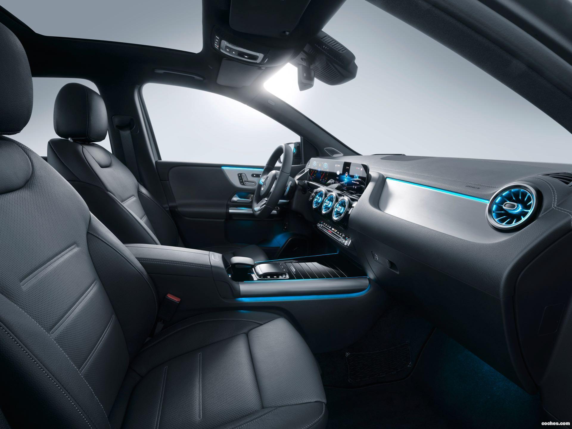 Foto 16 de Mercedes Clase B 200 AMG Line 2019