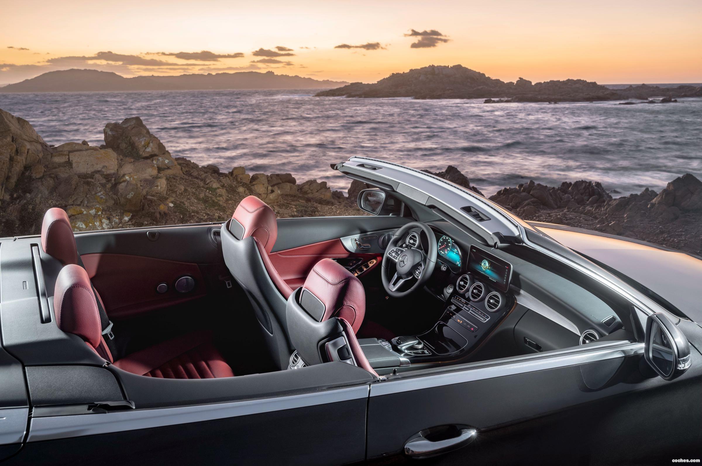 Foto 0 de Mercedes Clase C Cabrio 300 Avantgarde 2018