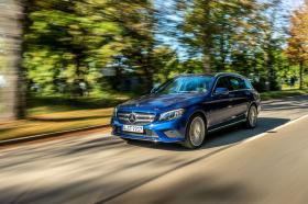Ver foto 3 de Mercedes Clase C Estate C 300 de 2019