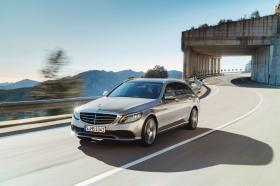 Ver foto 3 de Mercedes Clase C Estate Exclusive Line S205 2018