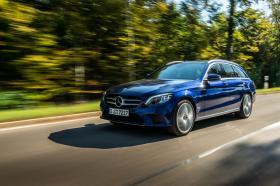 Ver foto 2 de Mercedes Clase C Estate C 300 de 2019