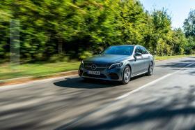 Ver foto 5 de Mercedes Clase C 300 de AMG Line 2019
