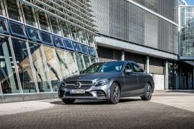 Ver foto 4 de Mercedes Clase C 300 de AMG Line 2019