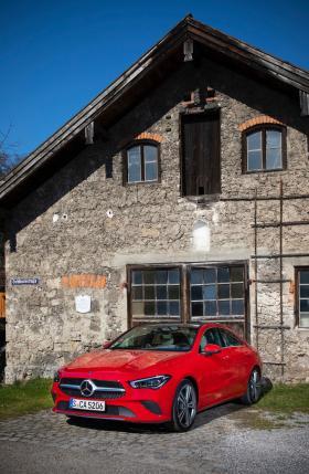 Ver foto 7 de Mercedes CLA 200 (BR 118) 2019