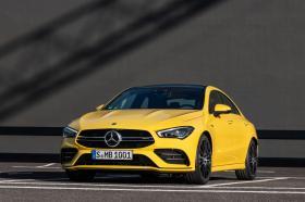 Ver foto 1 de Mercedes AMG CLA 35 4MATIC (C118)  2019