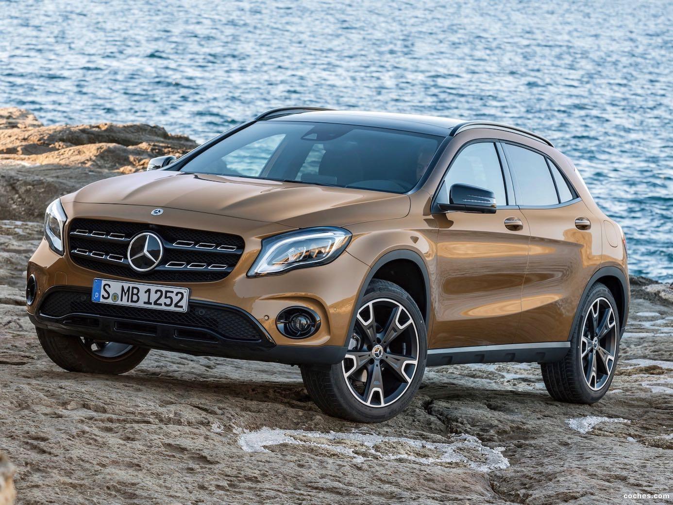 Foto 0 de Mercedes GLA 220d 4MATIC 2017