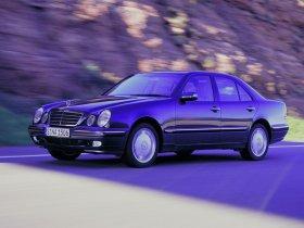 Ver foto 7 de Mercedes Clase E W210 1996