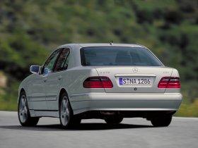 Ver foto 6 de Mercedes Clase E W210 1996