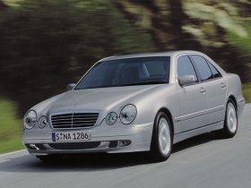 Ver foto 4 de Mercedes Clase E W210 1996