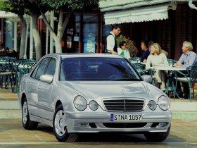 Ver foto 19 de Mercedes Clase E W210 1996