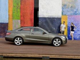 Ver foto 8 de Mercedes Clase E Coupe 2009