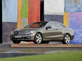 Ver foto 4 de Mercedes Clase E Coupe 2009