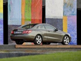 Ver foto 3 de Mercedes Clase E Coupe 2009