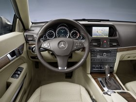 Ver foto 15 de Mercedes Clase E Coupe 2009