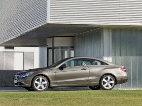 Ver foto 9 de Mercedes Clase E Coupe 2009
