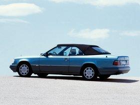 Ver foto 18 de Mercedes Clase E Cabrio E220 A124 1993