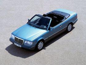 Ver foto 16 de Mercedes Clase E Cabrio E220 A124 1993