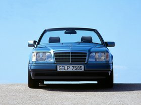 Ver foto 15 de Mercedes Clase E Cabrio E220 A124 1993