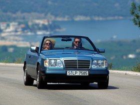 Ver foto 12 de Mercedes Clase E Cabrio E220 A124 1993