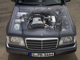 Ver foto 26 de Mercedes Clase E Cabrio E220 A124 1993