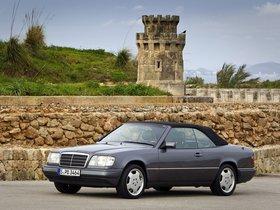 Ver foto 7 de Mercedes Clase E Cabrio E220 A124 1993