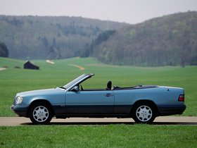 Ver foto 2 de Mercedes Clase E Cabrio E220 A124 1993