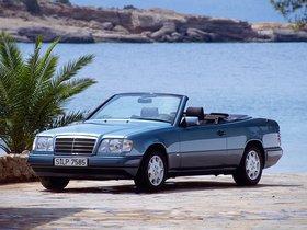 Fotos de Mercedes Clase E Cabrio E220 A124 1993