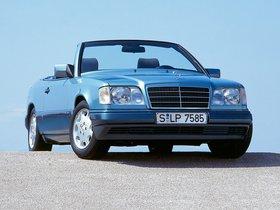 Ver foto 19 de Mercedes Clase E Cabrio E220 A124 1993