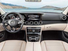Ver foto 12 de Mercedes Clase E E220 D Avantgarde Line W213 2016