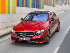 Ver foto 3 de Mercedes Clase E 300 Avantgarde Line W213 2016