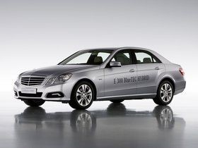 Ver foto 2 de Mercedes Clase E E300 BlueTec Hybrid W212 2010