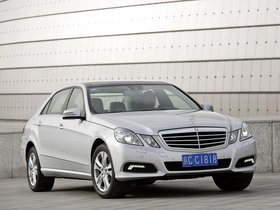 Ver foto 1 de Mercedes Clase E E300L China 2010