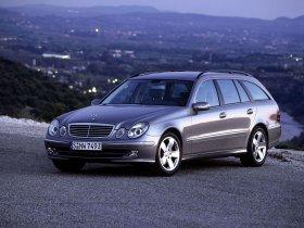 Ver foto 28 de Mercedes Clase E Estate E320 W211 2003