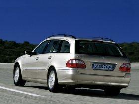 Ver foto 40 de Mercedes Clase E Estate E320 W211 2003
