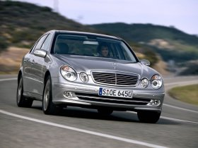 Ver foto 12 de Mercedes Clase E E350 W211 2003