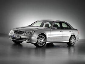 Ver foto 3 de Mercedes Clase E E350 W211 2003