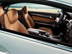 Ver foto 4 de Mercedes Clase E Coupe E350 USA C207 2009