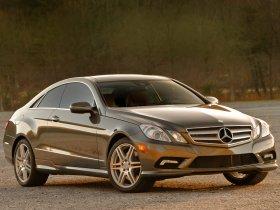 Ver foto 2 de Mercedes Clase E Coupe E350 USA C207 2009