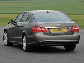 Ver foto 9 de Mercedes Clase E E500 AMG Sports Package UK W212 2009