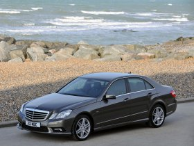 Ver foto 8 de Mercedes Clase E E500 AMG Sports Package UK W212 2009