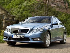 Ver foto 1 de Mercedes Clase E E500 BlueEFFICIENCY 2011