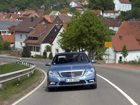Ver foto 7 de Mercedes Clase E E500 BlueEFFICIENCY 2011