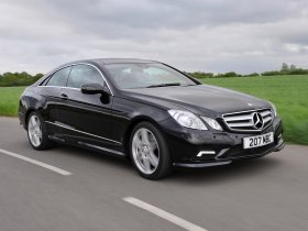 Ver foto 7 de Mercedes Clase E Coupe E500 AMG Sports Package UK 2009