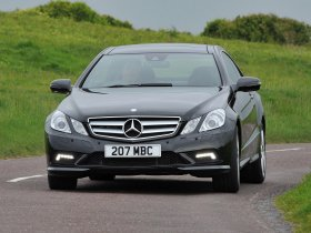 Ver foto 5 de Mercedes Clase E Coupe E500 AMG Sports Package UK 2009