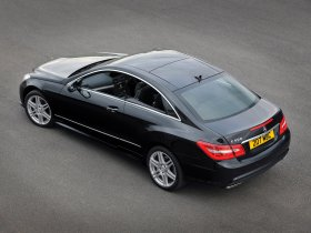 Ver foto 3 de Mercedes Clase E Coupe E500 AMG Sports Package UK 2009
