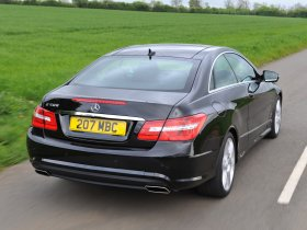 Ver foto 14 de Mercedes Clase E Coupe E500 AMG Sports Package UK 2009