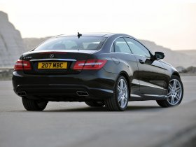 Ver foto 11 de Mercedes Clase E Coupe E500 AMG Sports Package UK 2009