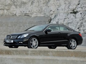 Ver foto 9 de Mercedes Clase E Coupe E500 AMG Sports Package UK 2009