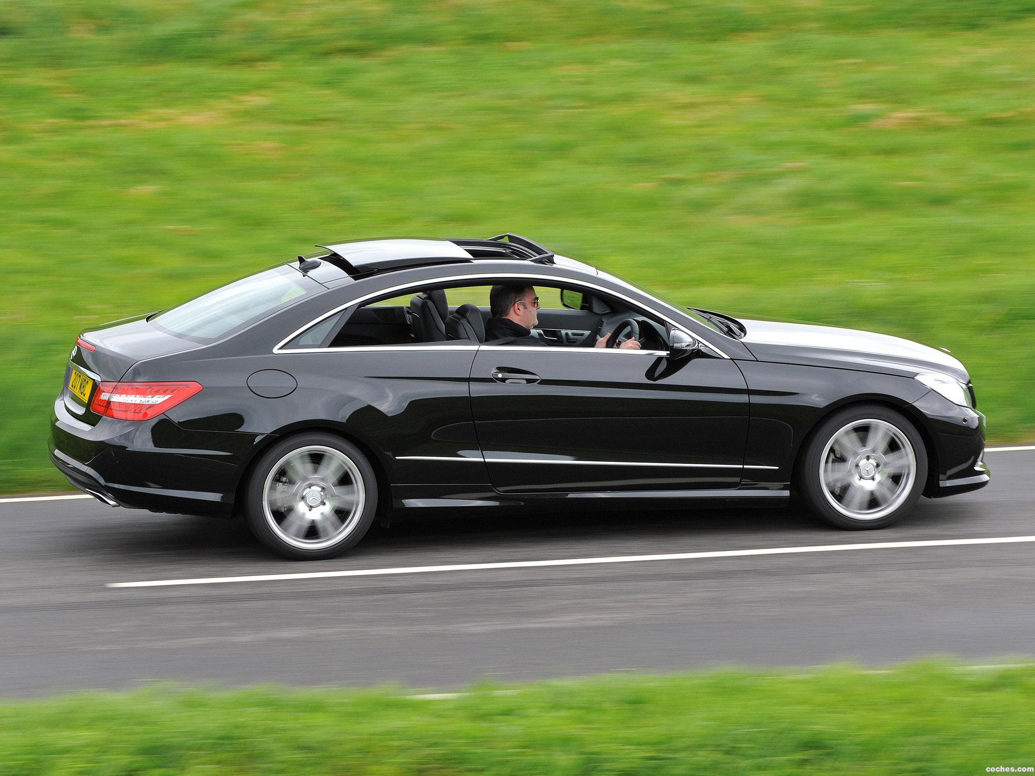 Foto 3 de Mercedes Clase E Coupe E500 AMG Sports Package UK 2009