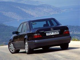Ver foto 7 de Mercedes Clase E E500 W124 1993